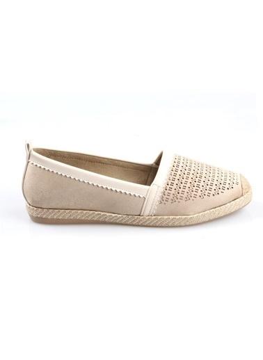 Subaşı Bej Süet Bayan Günlük Ayakkabı Bej